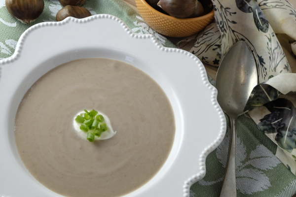 Smooth and creamy chestnut soup is a perfect soup for winter.