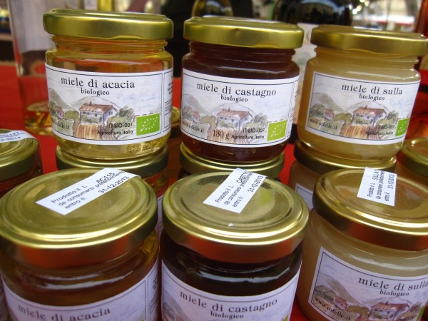 Varieties of organic honey, good for endive gorgonzola appetizers.