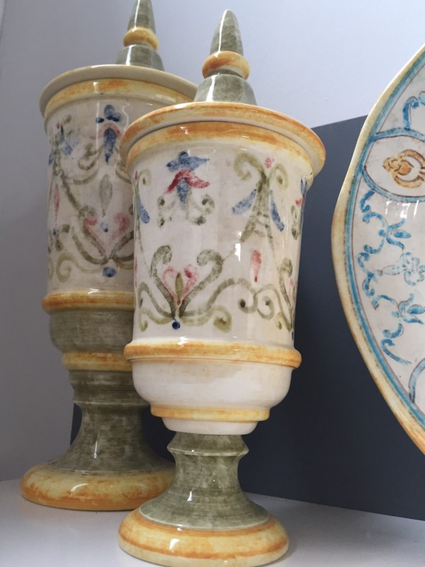 Bizzirri also makes household ceramic accessories.