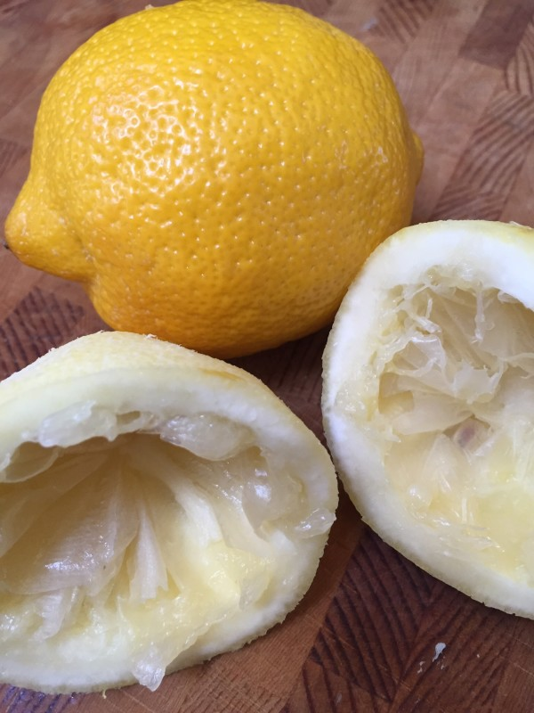 First zest the lemon then cut it in half and squeeze out the juice as a main ingredient of the granita.
