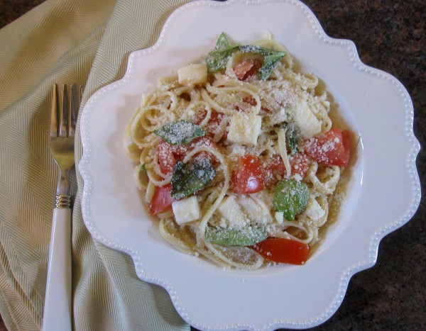 Enjoy spaghetti l'estate as a meatless dish by itself or pair it with grilled chicken or steak.