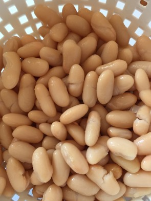 For pasta e fagioli you start with the basic workhorse of Italian cuisine, cannellinni beans.