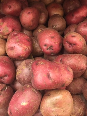 Try to find red potatoes that are about the same size.