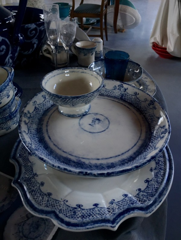 These are lovely blue dishes, something different.